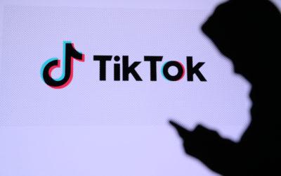 Hva er TikTok? En nybegynners guide til annonsering og bruk
